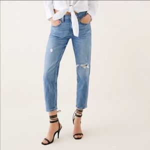 ZARA The Slim Boyfriend Jean in Valley Blue